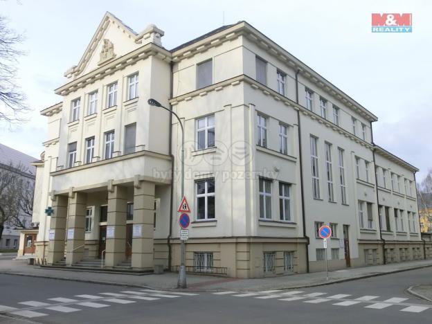 Prodej obchodního prostoru, Opava - Předměstí, náměstí Slezského odboje, 17 m2